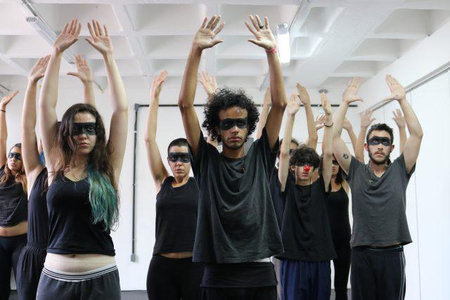 Curso Playing Shakespeare. Foto: Bruno Galvincio/SP Escola de Teatro