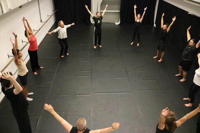 Curso de extensão ministrado por professoras suecas, durante intercâmbio. Foto: Bruno Galvincio/SP Escola de Teatro
