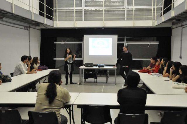 CCurso 'Interpretação de espetáculos em libras', com Sueli Ramalho e Rimar Segala