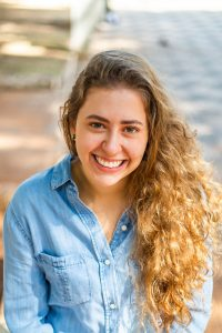 A atriz Natália Beukers, do @infoteatro e Vogue, é uma dos 12 comunicadores da Mostra Aldir Blanc na SP Escola de Teatro - Foto: Edson Lopes Jr.